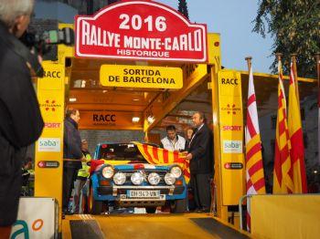 Gran expectación en la salida barcelonesa del Rallye Monte-Carlo Historique