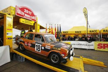 Multitudinaria salida de un Rallye Monte-Carlo más histórico que nunca