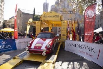 El 3r Rally Catalunya Històric-Rally de les Caves comença a rodar