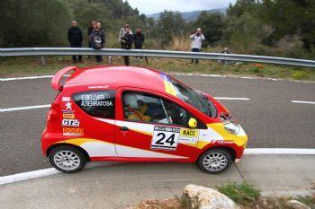 Pelea a tres bandas por el liderato del Volant RACC en el Rallye Empordà