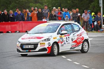 Pep Bassas más líder en el Volant RACC tras conseguir un hat-trick en el Rallye Osona